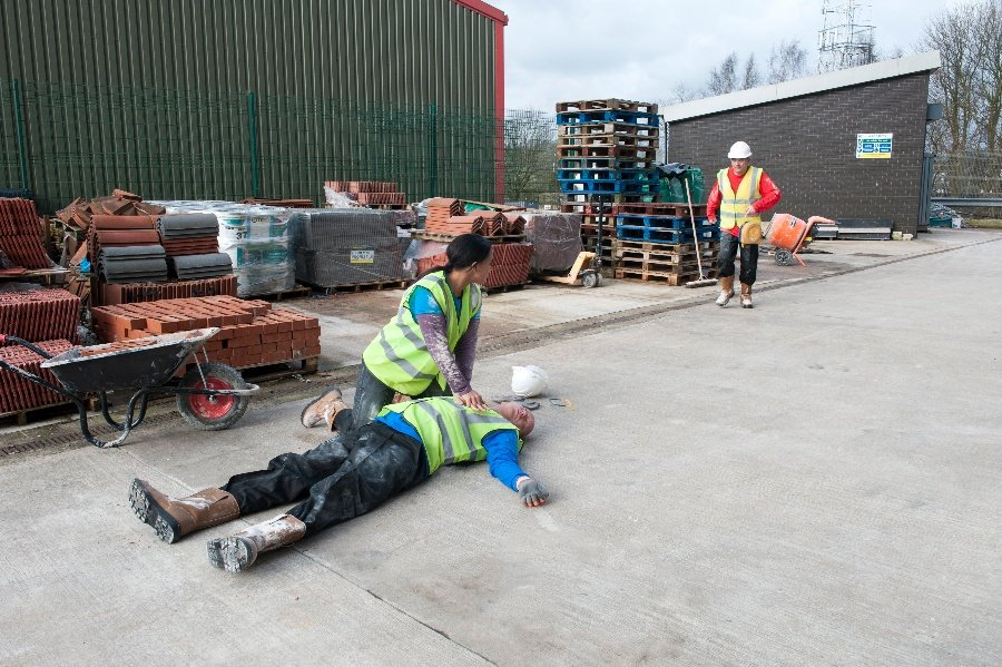 Do businesses need a first-aider on site?